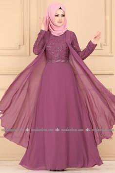 Modest Fashion Hijab, Indian Fashion Dresses, Indian Designer Outfits, Fancy Dress Design, Stylish Dress Designs, Pakistani Dresses Casual, Pakistani Dress Design, Muslim Long Dress, Muslim Women Fashion