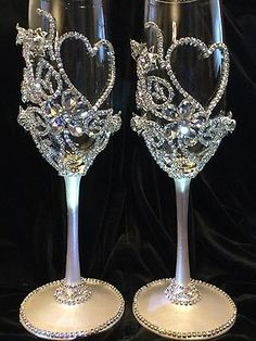 Wedding Champagne Glasses,Toasting Flutes,Glass Crystal Rhinestone,Bride&Groom
