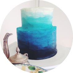 """Blue Ombre cake: except reverse and have it blue to red with """"pearls"""" for stars."""