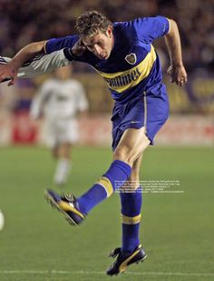 Real Madrid, Martin Palermo, Soccer Pictures, Athletic, Football Soccer, South America, Running, Goku, Grande