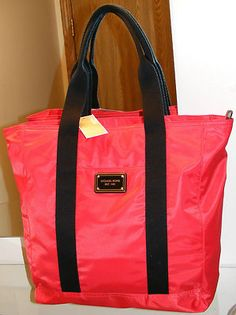 Michael Kors Jet Set Red Black Nylon Handbag Tote Purse Satchel Hobo Bag Shopper mk handbags is very nice Tote Purse, Hobo Bag, M Kors, Michael Kors Sale, Mk Handbags, Black Nylons, Back To School, Gym Bag, Diaper Bag