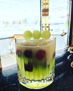 Celebrating the start of of the weekend with a Honeydew Gin & Tonic! So delicious & the melon balls on top are such a treat   2 oz gin 3 oz freshly pressed honeydew melon juice Top with Tonic Garnish with melon balls & float red grapes to add colour  #creative #mixology #cocktails #cocktailfriday #yacht #yachtie #yachtlife #yachtcrew #stew #stewlife #travel #wanderlust #lux #luxurylife #luxuryliving #luxuryyacht #nautical #gin #cheers #weekend #drinks #chiefstewardess #friyay #summer…