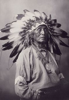 Wanduta (Red Arrow), a Dakota (Sioux) man from the Oak Lake area in Manitoba, ca. Wanduta (Red Arrow), a Dakota (Sioux) man . Native American Wisdom, Native American Pictures, Native American Beauty, Indian Pictures, Native American Tribes, Native American History, American Indians, Native Americans, American Girl