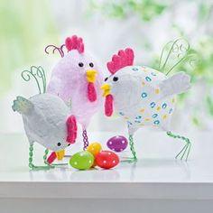 Hühner aus Gipseiern