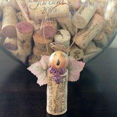 cork angels | Angel wine cork Christmas ornament | RECICLAJE DE CORCHOS