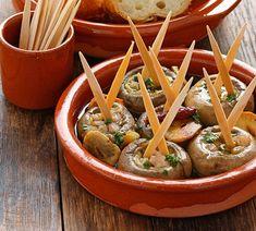 Champiñones al Ajillo Te enseñamos a cocinar recetas fáciles cómo la receta de Champiñones al Ajillo y muchas otras recetas de cocina..