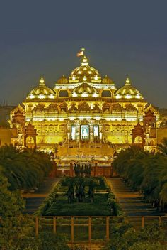 Akshardham Temple, Noida Mor New Delhi, India New Delhi, Delhi India, Temple India, Hindu Temple, Indian Temple, Temple Architecture, Indian Architecture, Beautiful World, Beautiful Places