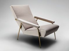 D.153.1 Fauteuil by MOLTENI