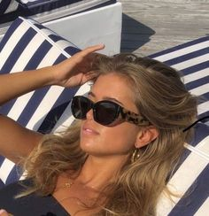 Aesthetic Hair, Summer Aesthetic, Aesthetic Makeup, Hair Inspo, Hair Inspiration, Pretty People, Beautiful People, Sunglasses For Your Face Shape, Lange Blonde