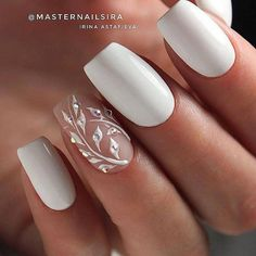 There are three kinds of fake nails which all come from the family of plastics. Acrylic nails are a liquid and powder mix. They are mixed in front of you and then they are brushed onto your nails and shaped. These nails are air dried. Wedding Nails For Bride, Wedding Nails Design, Bride Nails, Nail Wedding, Bridal Nail Art, Wedding Makeup, Elegant Bridal Nails, Simple Elegant Nails, Winter Wedding Nails