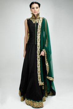 Black and green embroidered lehenga set available only at Pernia's Pop-Up Shop. ♦ℬїт¢ℌαℓї¢їøυ﹩♦