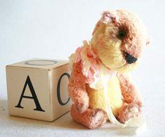 Ms Pinkie Bear by Eva Karo
