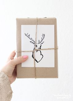 Brown Paper Packages Tied Up With String... Gift Wrapping Ideas and Free Printable Gift tags!