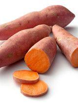 Potage aux patates douces, aux lentilles rouges et au curcuma