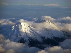 #DomingodeColombianidad #ColombiaSunday #ValoralaIdentidad #CreatividadsinLimites #Nevados #Snowcapped #mountain #montaña #snow #nieve #fotografia #pic #Colombia @Plateia.co #Plateia.co www.plateia.co #PlateiaColombia #like4like #followforfollowback #amazingpic #picoftheday