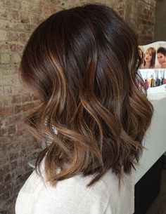 64 Fall Hair Color For Brunettes Balayage Brown Caramel Styles - - Medium Length Hairstyles, Haircuts For Medium Hair, Hair Medium, Fun Hairstyles, Hairstyle Ideas, Loose Curls Medium Length Hair, Medium Brunette Hair, Hairstyle Short, Medium Long