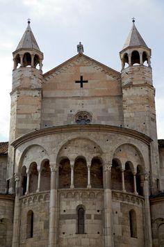 Torre Ghirlandina in Modena.