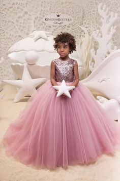 Blush Pink Flower Girl Dress with Sparkling Sequins - Birthday Wedding Party Holiday Bridesmaid Flower Girl Blush Pink Dress Pink Flower Girl Dresses, Little Girl Dresses, Flower Girls, Blush Rosa, Blush Pink, The Dress, Baby Dress, Première Communion, Girls Pageant Dresses