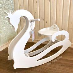 Лебедь Качалка – купить или заказать в интернет-магазине на Ярмарке Мастеров | Наша Новинка! Лебедь Качалка, очень изящная,…