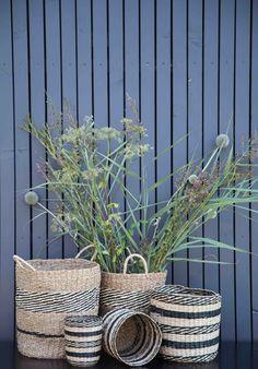 Körbe aus Naturmaterialien Inspiration, Trends, Plants, Diy, Terrace Ideas, Natural Materials, Biblical Inspiration, Bricolage, Do It Yourself