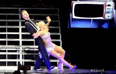 MOVE Live on Tour Derek and Julianne Hough