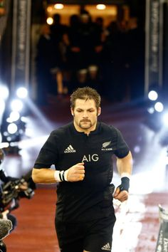 Richie Mccaw Photos Photos: Wales v New Zealand - International Match All Blacks Rugby Team, Rugby Girls, South Africa Rugby, Richie Mccaw, New Zealand Rugby, Rugby World Cup, Rugby Players, All Black Everything, The Man