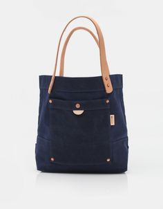 Corter Leather Waxed Tote In Navy