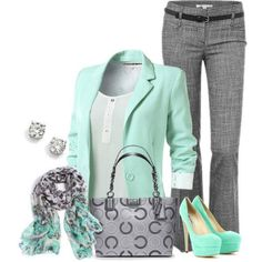 Adore this outfit and color combination (with more practical shoes). Black and white pants that appear greyish from a distance are some of my favorites.