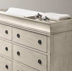 Haylan Wide Dresser