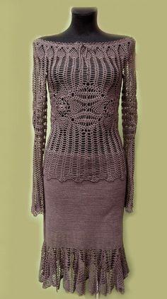 fringed crochet skirt   crochet skirt and blouse 400x716 100 Unique Crochet Skirts