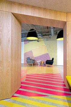 Interior design idea of this office design has a colorful geometric pattern because . - Interior design idea of this office design has a colorful geometric pattern that results from - Commercial Interior Design, Office Interior Design, Commercial Interiors, Office Designs, Interior Shop, Fun Office Design, Lobby Interior, Yellow Interior, Interior Paint