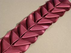 Another Way to Make Pleated-Ribbon Trim - Threads - step by step tutorial