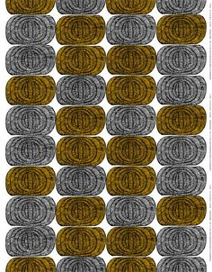 Maija ja Kristina Isolan Mehiläispesä syntyi aikana, jolloin Maija Isolan kiinnostus alkoi siirtyä pitsimäisistä ornamenttikuvioista kohti graafisia abstrakteja kuvioita. Selkeissä ovaaleissa muodoissa on määrätietoisia mustia vetoja, jotka luovat kuvioon tekstuuria ja ulottuvuutta.MARIMEKKO