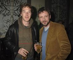 Benny's chillin' with the Master (John Simm). :P How can so much awesome fit in one room