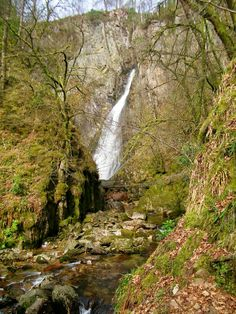 'Grey Mare's Tail waterfall' - Janet Doogan