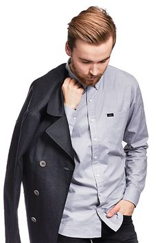 Accessories for men. Chef Jackets, Men's Fashion, Raincoat, Spring, Shirts, Clothes, Collection, Moda Masculina, Rain Jacket
