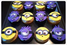 Minion and Evil Minion cupcakes m m m Yummy!