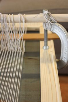 how to make your own tapestry loom