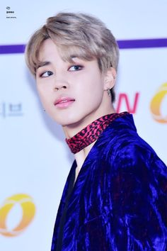 DAM!!!jimin why do you look so good?!