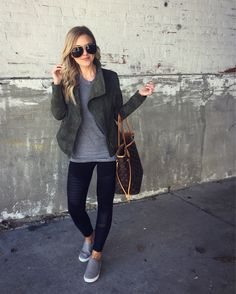 Rumored Hype on Casual Fall Outfits That Will Make You Look Cool Exposed Fall is nonetheless a good time to … Legging Outfits, Athleisure Outfits, Leggings Fashion, Leggings Outfits Women, Athleisure Trend, Women Pants, Casual Winter Outfits, Fall Outfits, Cute Outfits