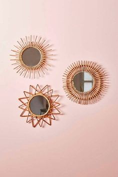 Home accessory: magical thinking urban outfitters wood mirror beach house boho wall decor home decor - Sofisty HomeDecor Urban Outfitters Home, Urban Outfitters Apartment, Sun Mirror, Wood Mirror, Mirror Bathroom, Sunburst Mirror, Mirror Vanity, Handmade Home Decor, Home Decor Accessories