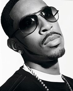 Ludacris, talk about sexy... just want him to talk to me all day! love that voice!!