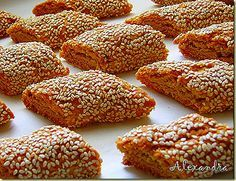 Παξιμαδάκια με σουσάμι - Biscotti with sesame @magyreuontas.blogspot.gr Greek Sweets, Greek Desserts, Greek Recipes, Greek Cake, Eat Greek, Biscotti, Greek Cookies, Pastry Cook, Biscuit Cookies