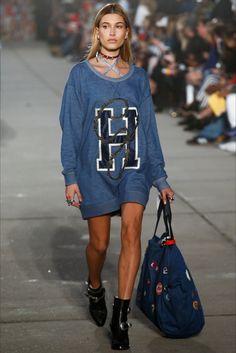 "Sfilata Tommy Hilfiger ""Tommynow"" Los Angeles - Collezioni Primavera Estate 2017 - Vogue"
