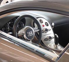 Interieur of the Bugatti Veyron 16.4 with 1001 HP #bugatti#veyron #bugattiveyron #bug#bugattichiron #chiron #gumball3000 #gumball#europapark#molsheim@bugatti #autosalon#singen#autosalonsingen #bodensee#germany#german#freiburg@lucassichler by supercars_of_germany_jh