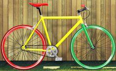Echa un vistazo a este producto en yohago.com:  Bicicleta fixie moma