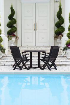 Własny basen w ogrodzie
