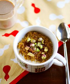 Spiced Pumpkin Quinoa Breakfast Porridge / Eat Your Greens