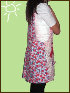 para la mejor flor del jardin ;) Wraps, Classroom, Aprons, Easy Crafts, Best Flowers, Slip On, Patrones, Coats