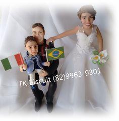 A Brasileira que mora em Milão, na Itália, preferiu encomendar os noivinhos do seu casamento na terrinha que ela nasceu. Agradeço muito por ser a escolhida para eternizar um momento tão especial da vida da sua família. Muito obrigada Thaline.